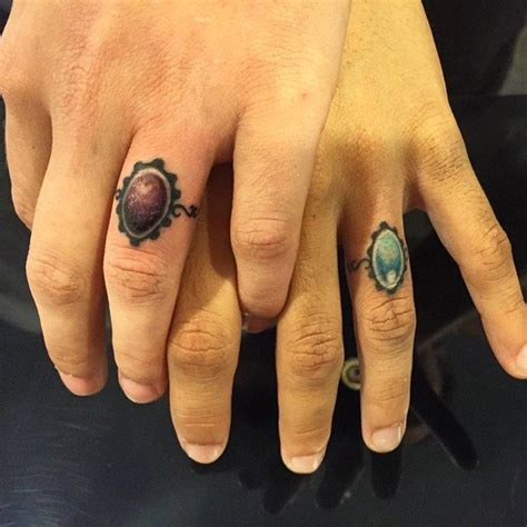 50 cool wedding ring tattoos to express their undying love 187 ecstasycoffee