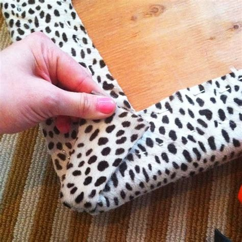 How To Do Upholstery Corners by Green Notebook How To Upholster Bench Corners