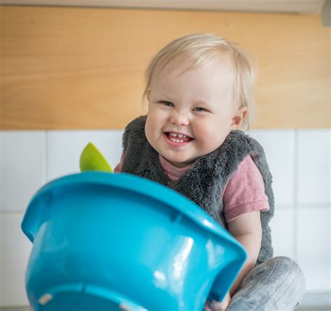 Keeping Your Toddler Busy In The Kitchen First 1000 Days