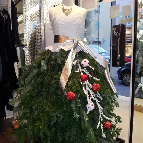 decoration de noel pour vitrine magasin