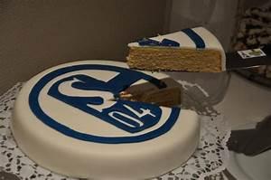 Torte Zum 50 Geburtstag Selber Machen : 50 geburtstag von meinem papa fc schalke 04 motivtorten fotos forum ~ Frokenaadalensverden.com Haus und Dekorationen
