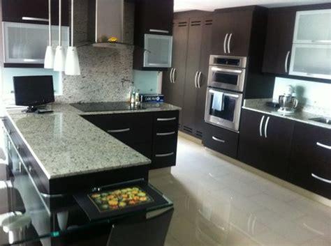 italian kitchen cabinets con excelentes acabados 2 alcobas 2 ba 241 os cocina 2006