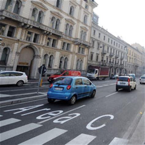 Multa Ingresso Area C by Ztl 94 Multe All Automobilista Distratta 232 Entrata A