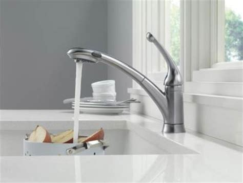 Delta Kitchen Faucet Leaking At Base by Delta 470 Dst Signature Single Handle Pull Out Kitchen