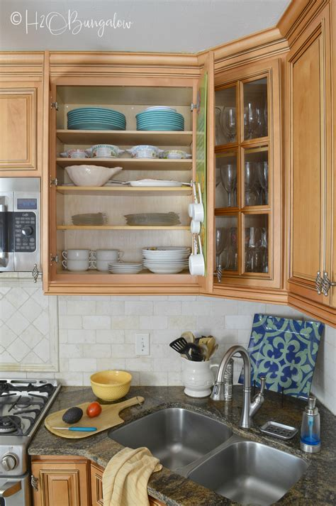 add extra shelves  kitchen cabinets hobungalow