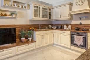 moderne kche hochglanz weiss luxus kuchen im landhausstil kreative deko ideen und innenarchitektur