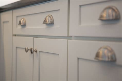 painting kitchen cabinet hardware kitchen cabinet hardware cliqstudios 4022