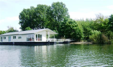 Luxus Wohnhäuser by Aqua Drome Fewo Direkt