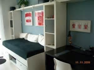 kleine jugendzimmer einrichten die besten 17 ideen zu jugendzimmer ikea auf spielzeug aufbewahren spielzimmer