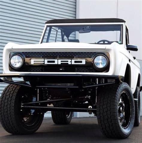 Findlay Ford by Findlay Customs Ford Bronco Restomod Vintage