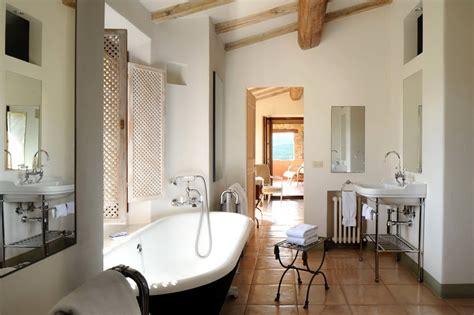 Col Delle Noci Italian Villa Bathroom