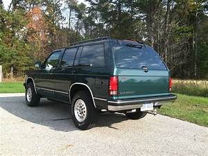 1994 Chevrolet 4dr 4wd S10 Blazer Tahoe Trim  Family Owned