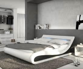 schlafzimmer bett 140x200 bett belana weiss schwarz 140x200 cm mit led beleuchtung polsterbett