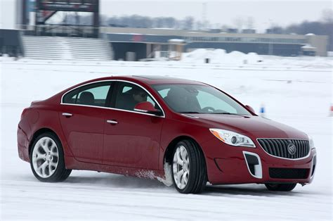 Buick Regal Gs Used by 2014 Buick Regal Gs Awd Review Photo Gallery Autoblog