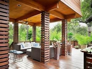 Säulen Aus Holz : s ulen aus holz f r asiatische atmosph re im haus haus bauen auffallende ideen f r au en und ~ Orissabook.com Haus und Dekorationen