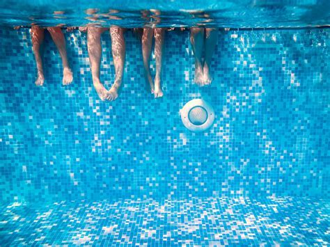 Commercial swimming pools treatment   Ozonetech