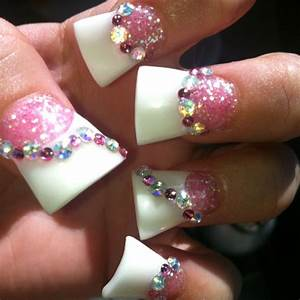 Pink & White gel duck feet acrylic nails with glitter ...