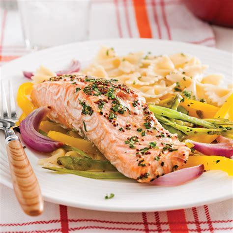 cuisine des legumes truite saumonée en papillote et julienne de légumes