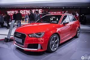 Audi Rs3 Sportback : geneva 2015 audi rs3 sportback ~ Nature-et-papiers.com Idées de Décoration