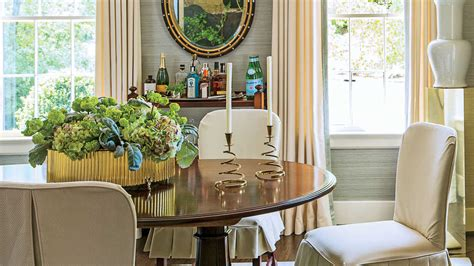 Create A Calming Palette Stylish Dining Room Decorating