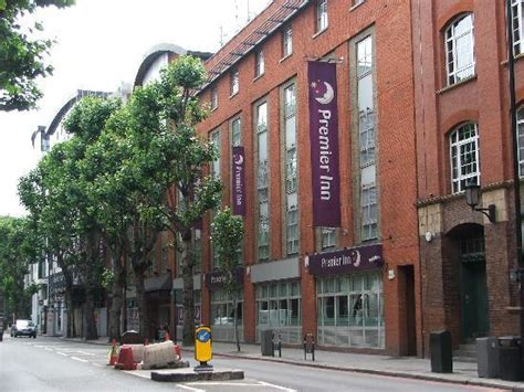 premier inn hotel tower bridge london tariff reviews