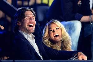 Happy Birthday Emoji Message Mike Fisher Shares Comical Birthday Message To Carrie