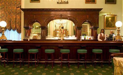 le pavillon hotel  orleans la jobs hospitality