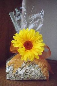 beautiful bridal 10 sweet ideas for a sunflower themed With sunflower wedding favor ideas