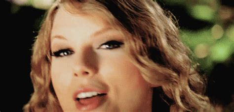 taylor swift gif find share on giphy