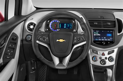 chevy trax interior 2016 chevrolet trax reviews and rating motor trend