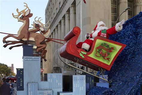 thanksgiving day parade christmas  st louis