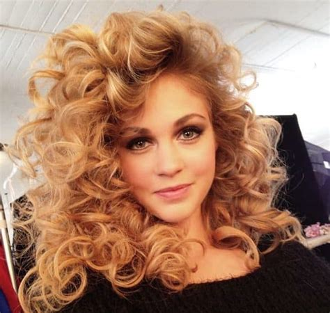 80s Hairstyle by List Of 33 Most Popular 80 S Hairstyles For Updated