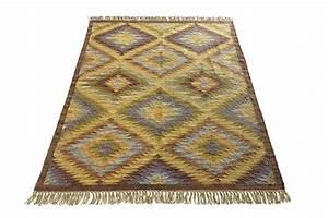 blog deco d39helline With tapis kilim avec housse de coussin rectangulaire pour canapé