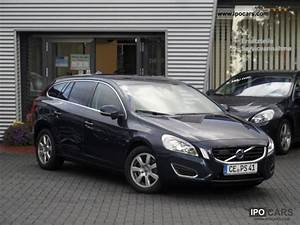 Volvo V60 Summum : 2010 volvo v60 d5 awd summum automatic driving assistance package car photo and specs ~ Gottalentnigeria.com Avis de Voitures