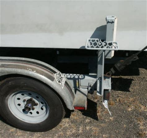 Boat Trailer Mounted Steps by Ideas Improvements To Boats