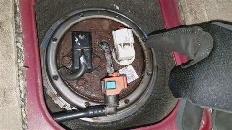 Kia Sedona Fuel Pump Replacement Easy Youtube