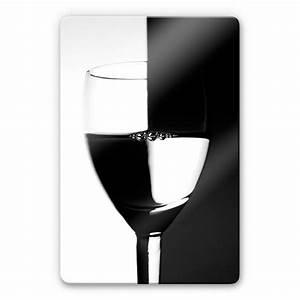 Glasbild Schwarz Weiß : glasbild weinglas schwarz weiss visuelles farbenspiel ~ A.2002-acura-tl-radio.info Haus und Dekorationen