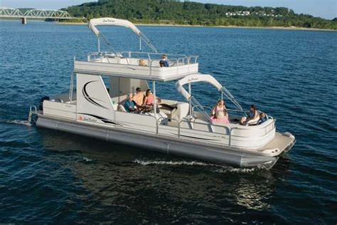 Tracker Pontoon Boats by Research Sun Tracker On Iboats