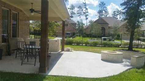 concrete driveways patios  spring tx  repair