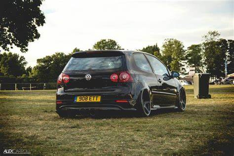 Slammed At A Golf Tourna vw golf mk5