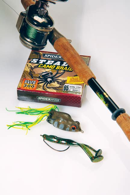 frog fishing  bass  game fish