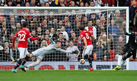 We're not responsible for any video content, please contact video file owners or hosters for any legal. Manchester United 4-0 Crystal Palace AS IT HAPPENED: Plus ...