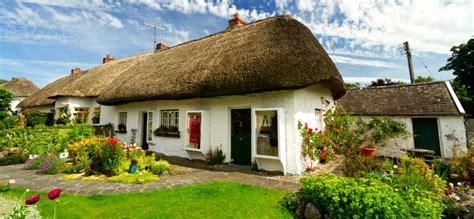 cottage irlandesi adare irlandando it