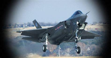 nella fabbrica dei caccia ecco lottavo aereo