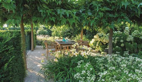 How To Build A Backyard Garden by How To Make Your Garden Appear Bigger Clever Design