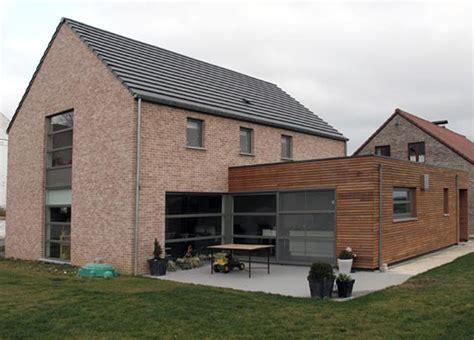 maison brique et bois contemporaine brique