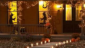 Outdoor Halloween Decor: Witch Decorations