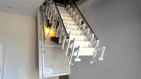 comment installer un escalier escamotable
