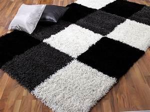Teppich Schwarz Weiß Kariert : hochflor shaggy designerteppich lounge schwarz wei karo teppiche hochflor langflor teppiche ~ Bigdaddyawards.com Haus und Dekorationen