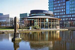 Citycenter and park in Amstelveen